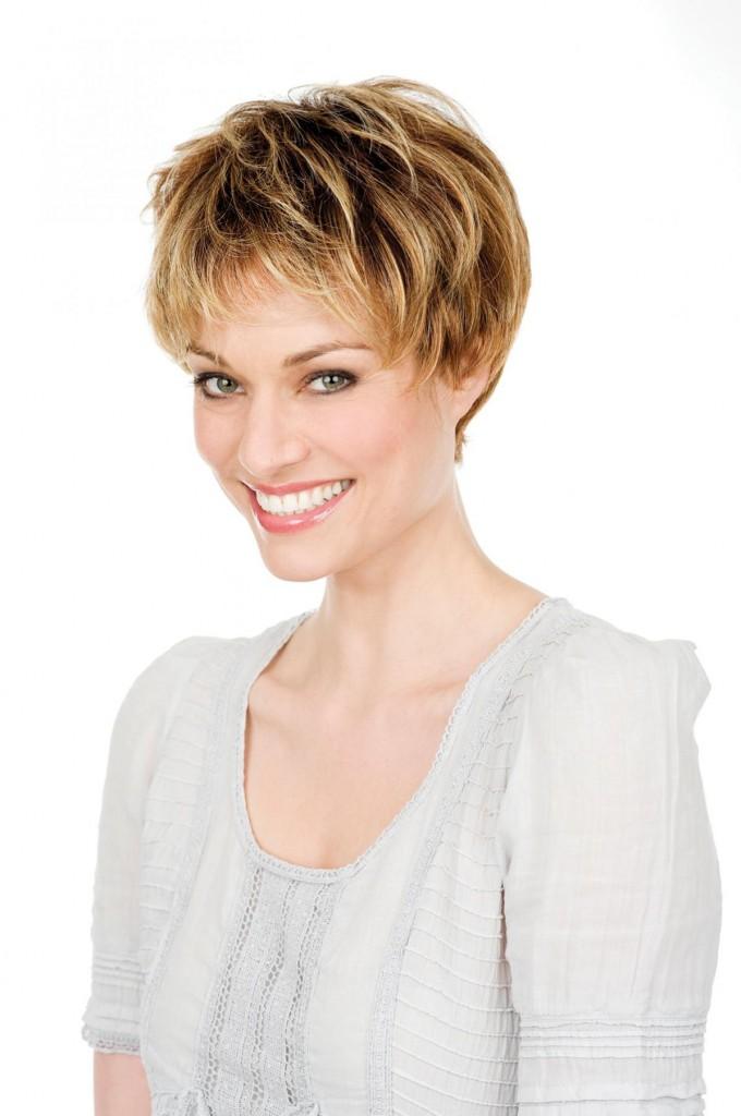 Coupe cheveux court je n 39 aime plus les cheveix longs - Modeles coupe courte femme ...